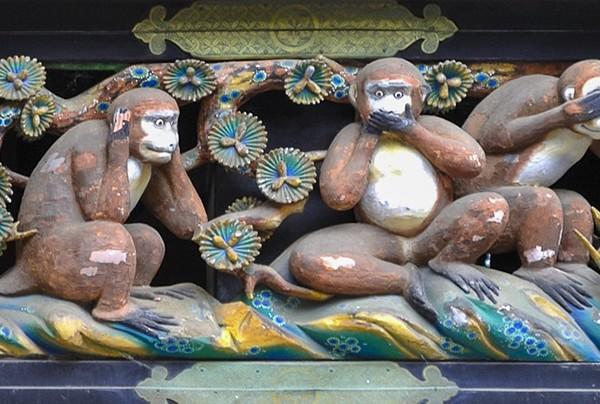 Les 3 singes (sanzaru) de la sagesse à Nikko